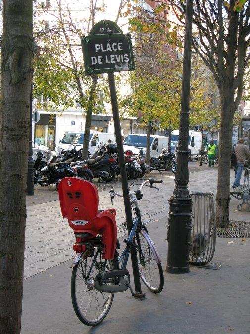 Place Levis met fiets