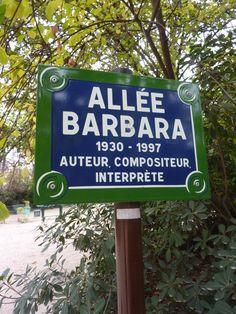 Square des Batignolles Allee Barbara