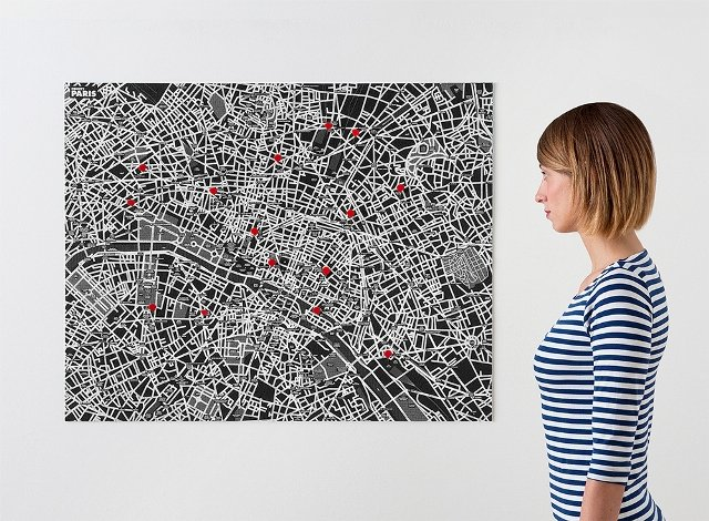 black - pincity paris + pins aangepast