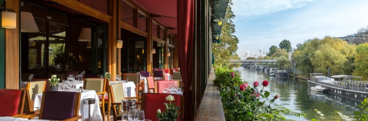 le-petit-poucet-restaurant-île-jatte-buiten