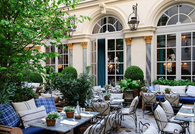 ralphs-courtyard2